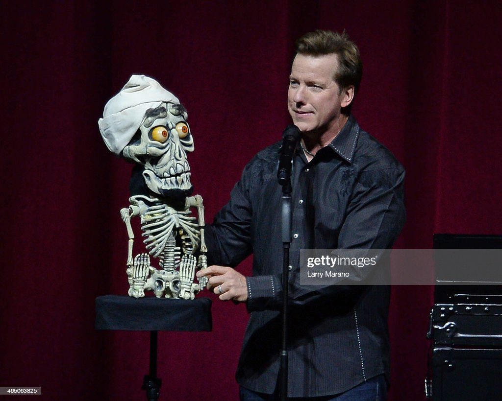<a gi-track='captionPersonalityLinkClicked' href=/galleries/search?phrase=Jeff+Dunham&family=editorial&specificpeople=3743632 ng-click='$event.stopPropagation()'>Jeff Dunham</a> performs at BB&T Center on January 25, 2014 in Sunrise, Florida.