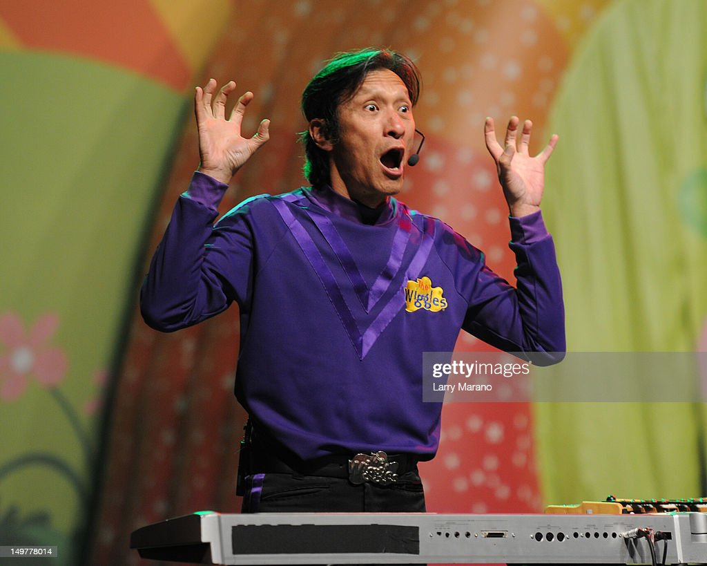 <a gi-track='captionPersonalityLinkClicked' href=/galleries/search?phrase=Jeff+Fatt&family=editorial&specificpeople=2237488 ng-click='$event.stopPropagation()'>Jeff Fatt</a> of The Wiggles performs at Fillmore Miami Beach on August 3, 2012 in Miami Beach, Florida.
