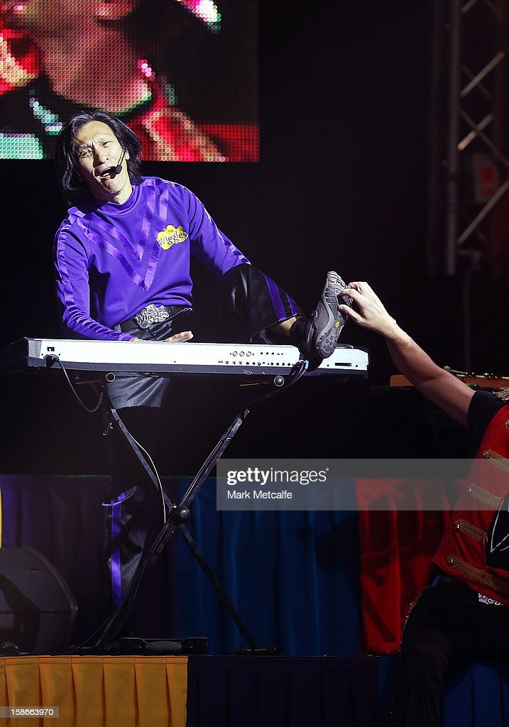 <a gi-track='captionPersonalityLinkClicked' href=/galleries/search?phrase=Jeff+Fatt&family=editorial&specificpeople=2237488 ng-click='$event.stopPropagation()'>Jeff Fatt</a> of The Wiggles performs on stage during The Wiggles Celebration Tour at Sydney Entertainment Centre on December 23, 2012 in Sydney, Australia. This concert is the final time the original members of The Wiggles will perform on stage together as Greg, Murray and Jeff are retiring.