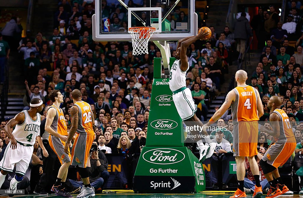 Jeff Green #8 of the Boston Celtics dunks the ball against the Phoenix Suns during the game on January 9, 2013 at TD Garden in Boston, Massachusetts.