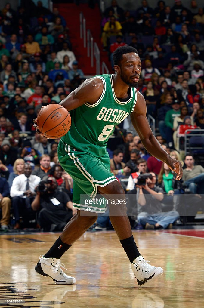 <a gi-track='captionPersonalityLinkClicked' href=/galleries/search?phrase=Jeff+Green+-+Basketball&family=editorial&specificpeople=4218745 ng-click='$event.stopPropagation()'>Jeff Green</a> #8 of the Boston Celtics handles the ball against the Washington Wizards at the Verizon Center on December 8, 2014 in Washington, DC.