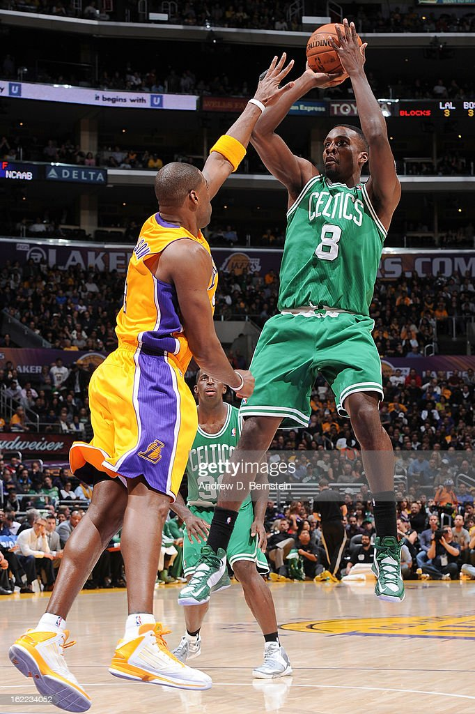 Jeff Green #8 of the Boston Celtics shoots against <a gi-track='captionPersonalityLinkClicked' href=/galleries/search?phrase=Antawn+Jamison&family=editorial&specificpeople=201670 ng-click='$event.stopPropagation()'>Antawn Jamison</a> #4 of the Los Angeles Lakers during a game at Staples Center on February 20, 2013 in Los Angeles, California.