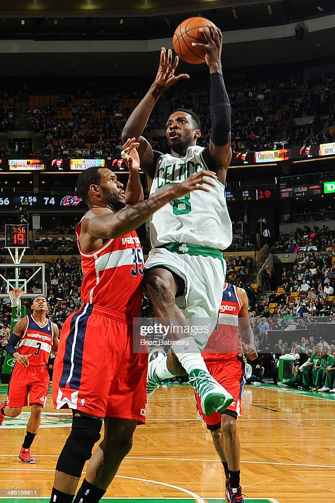 Jeff Green #8 of the Boston Celtics shoots against the Washington Wizards on April 16, 2014 at the TD Garden in Boston, Massachusetts.