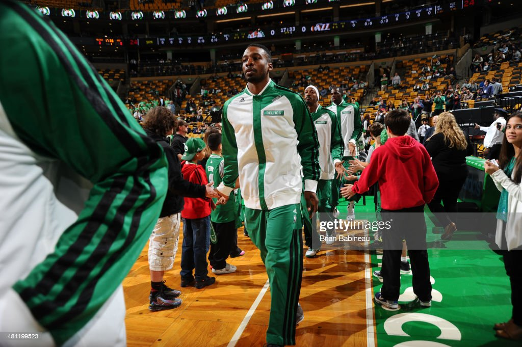 Jeff Green #8 of the Boston Celtics warms up before the game against the Utah Jazz on November 6, 2013 at the TD Garden in Boston, Massachusetts.