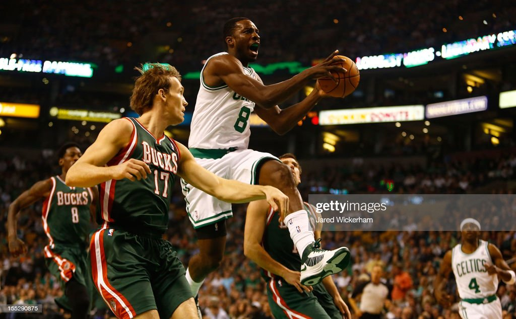 Jeff Green #8 of the Boston Celticsc cuts to the basket in front of Mike Dunleavy #17 of the Milwaukee Bucks during the game on November 2, 2012 at TD Garden in Boston, Massachusetts.