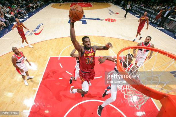 Jeff Green of the Cleveland Cavaliers drives to the basket during the preseason game against the Washington Wizards on October 8 2017 at Capital One...
