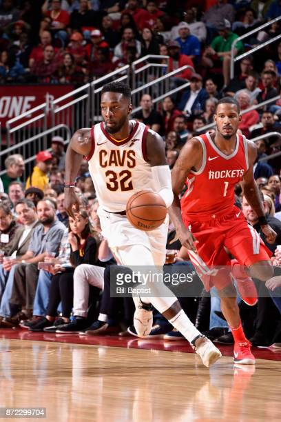 Jeff Green of the Cleveland Cavaliers playshandles the ball against the Houston Rockets on NOVEMBER 9 2017 at the Toyota Center in Houston Texas NOTE...