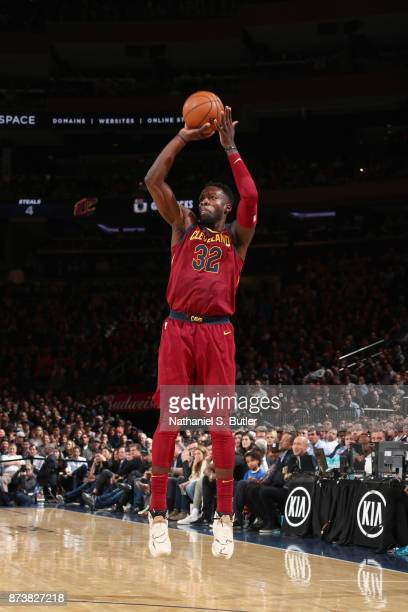 Jeff Green of the Cleveland Cavaliers shoots the ball against the New York Knicks on November 13 2017 at Madison Square Garden in New York City New...