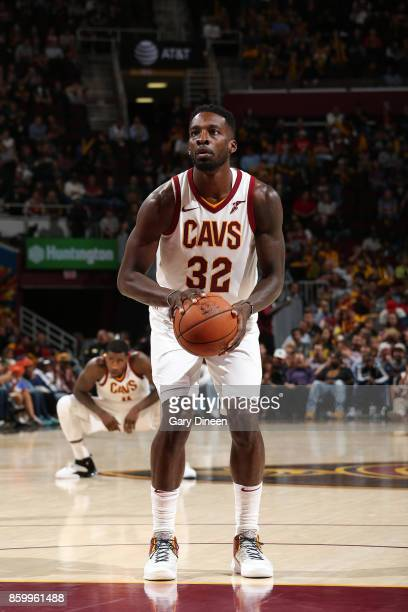Jeff Green of the Cleveland Cavaliers shoots the ball against the Chicago Bulls during a preseason game on October 10 2017 at Quicken Loans Arena in...