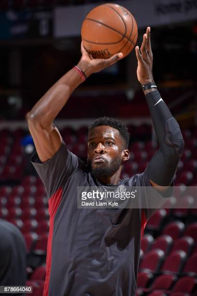 Jeff Green of the Cleveland Cavaliers warms up before the game against the Charlotte Hornets on Novmber 24 2017 at Quicken Loans Arena in Cleveland...