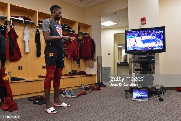 Jeff Green of the Cleveland Cavaliers watches film before the game against the New York Knicks at Madison Square Garden on November 13 2017 in New...