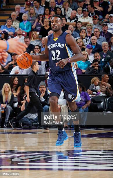 Jeff Green of the Memphis Grizzlies brings the ball up the court against the Sacramento Kings on November 3 2015 at Sleep Train Arena in Sacramento...