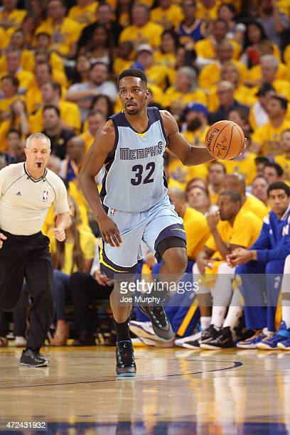 Jeff Green of the Memphis Grizzlies drives against the Golden State Warriors in Game Two of the Western Conference Semifinals during the NBA Playoffs...