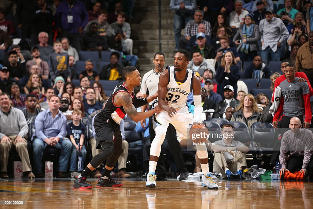 <a gi-track='captionPersonalityLinkClicked' href=/galleries/search?phrase=Jeff+Green+-+Basket&family=editorial&specificpeople=4218745 ng-click='$event.stopPropagation()'>Jeff Green</a> #32 of the Memphis Grizzlies posts up against <a gi-track='captionPersonalityLinkClicked' href=/galleries/search?phrase=Damian+Lillard&family=editorial&specificpeople=6598327 ng-click='$event.stopPropagation()'>Damian Lillard</a> #0 of the Portland Trail Blazers on February 8, 2016 at FedExForum in Memphis, Tennessee.