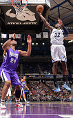 Jeff Green of the Memphis Grizzlies shoots a layup against Jason Thompson of the Sacramento Kings on February 25 2015 at Sleep Train Arena in...