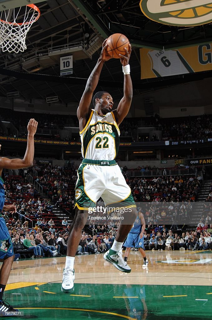 Jeff Green #22 of the Seattle SuperSonics rebounds during the game against the Minnesota Timberwolves at Key Arena on December 29, 2007 in Seattle, Washington. The Sonics won 109-90.