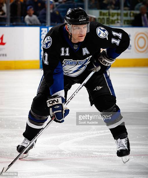 Jeff Halpern of the Tampa Bay Lightning prepares for a faceoff against the Toronto Maple Leafs at the St Pete Times Forum on November 25 2009 in...