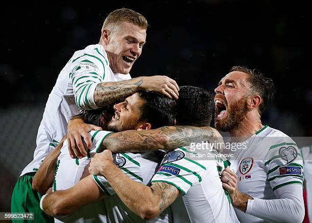 Jeff Hendrick of Ireland celebrate scoring a goal with the team mates during the FIFA 2018 World Cup Qualifier between Serbia and Ireland at stadium...