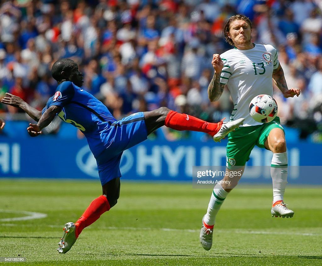 Jeff Hendrick (13) of Ireland in action during the UEFA Euro 2016 Round of 16 football match between France and Ireland at the Stade de Lyon in Lyon, France on June 26, 2016.