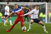 Jeff Hendrick of Ireland is challenged by Jordan Morris of USA during the International Friendly match between the Republic of Ireland and USA at the...