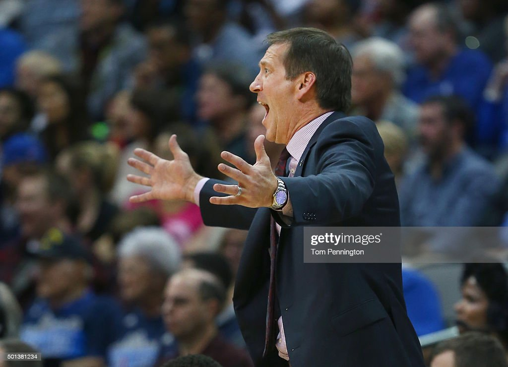 Jeff Hornacek of the Phoenix Suns argues a call against the Dallas Mavericks in the secodn half at American Airlines Center on December 14 2015 in...