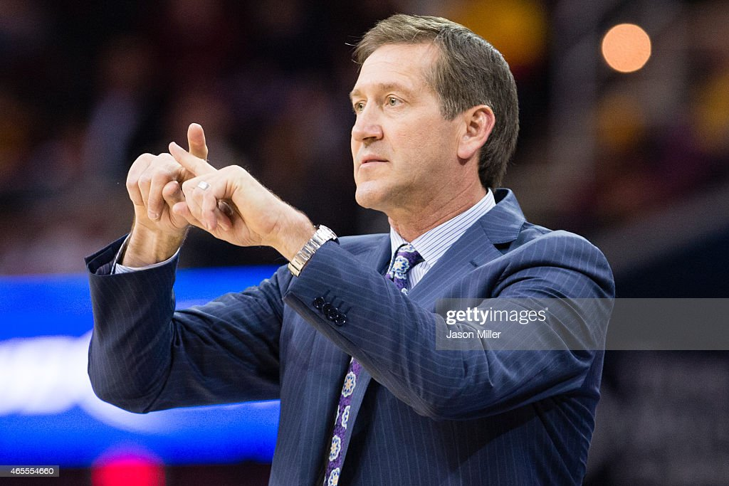 Jeff Hornacek of the Phoenix Suns calls a play during the first half against the Cleveland Cavaliers at Quicken Loans Arena on March 7 2015 in...