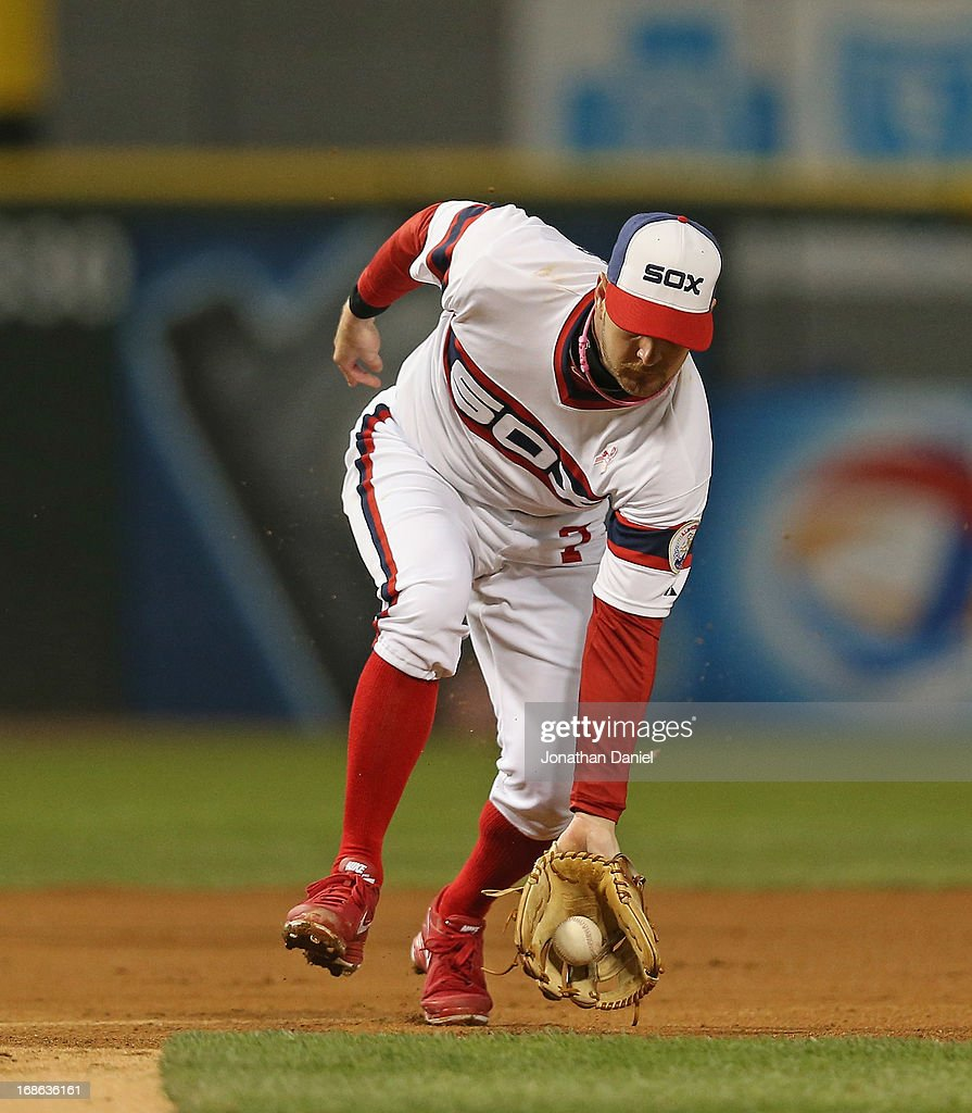 <a gi-track='captionPersonalityLinkClicked' href=/galleries/search?phrase=Jeff+Keppinger&family=editorial&specificpeople=835796 ng-click='$event.stopPropagation()'>Jeff Keppinger</a> #7 of the Chicago White Sox makes a play on a ball hit by Albert Pujols of the Los Angeles Angels of Anaheim at U.S. Cellular Field on May 12, 2013 in Chicago, Illinois. The White Sox defeated the Angels 3-0.