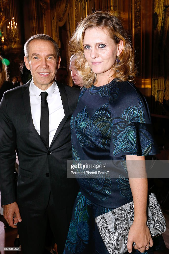 <a gi-track='captionPersonalityLinkClicked' href=/galleries/search?phrase=Jeff+Koons&family=editorial&specificpeople=220233 ng-click='$event.stopPropagation()'>Jeff Koons</a> with his wife Justine Wheeler Koons attend Stella McCartney show as part of the Paris Fashion Week Womenswear Spring/Summer 2014, held at Opera Garnier on September 30, 2013 in Paris, France.