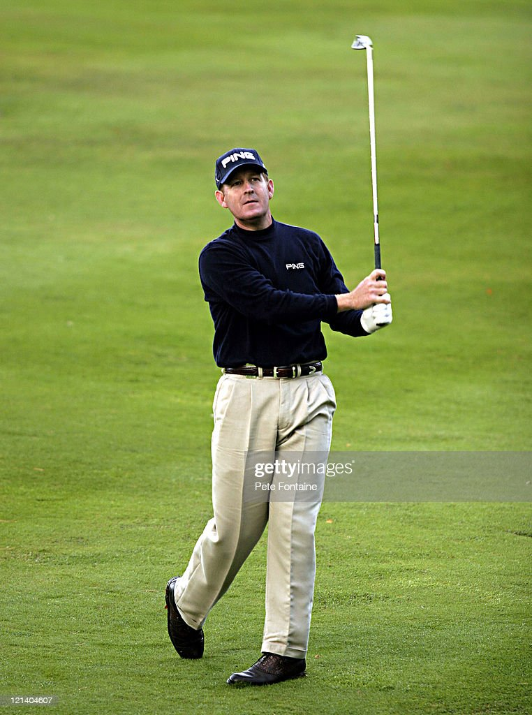 Jeff Maggert competes during the first round of the HSBC World Matchplay Championship held at Wentworth Golf Club's West Course October 14 2004