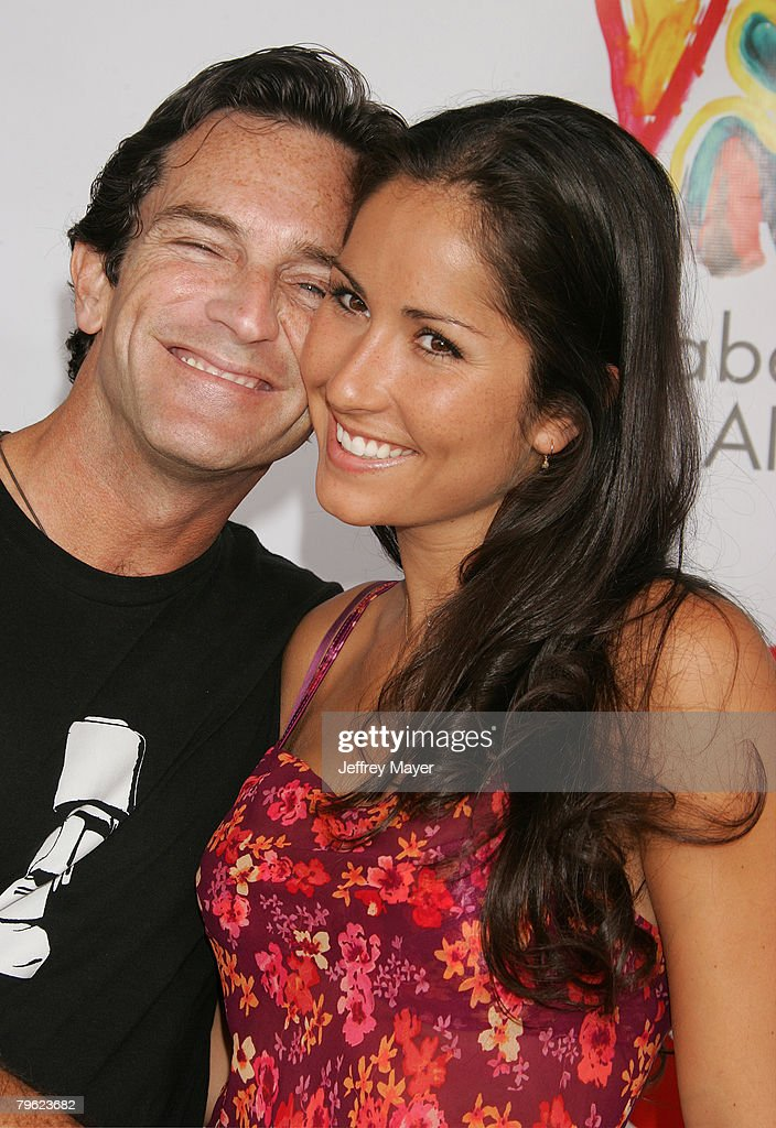 jeff probst dating julie 'survivor' host jeff probst and 'vanuatu's julie berry no longer dating jeff probst and julie berry have apparently snuffed the torch on their romantic relationship.