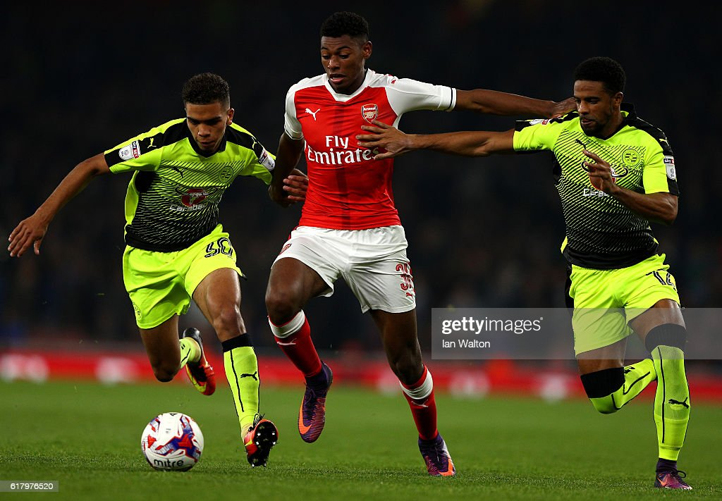 Arsenal v Reading - EFL Cup Fourth Round : News Photo