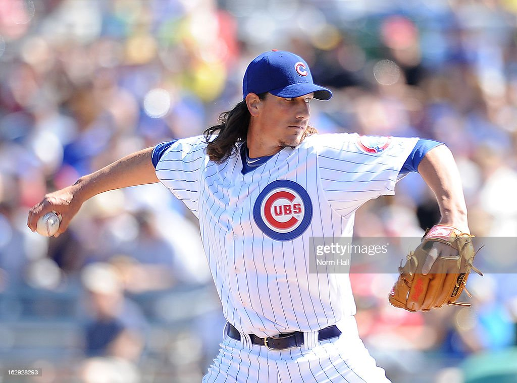 <a gi-track='captionPersonalityLinkClicked' href=/galleries/search?phrase=Jeff+Samardzija&family=editorial&specificpeople=2106748 ng-click='$event.stopPropagation()'>Jeff Samardzija</a> #29 of the Chicago Cubs delivers a pitch against the Arizona Diamondbacks at Hohokam Stadium on March 1, 2013 in Mesa, Arizona.