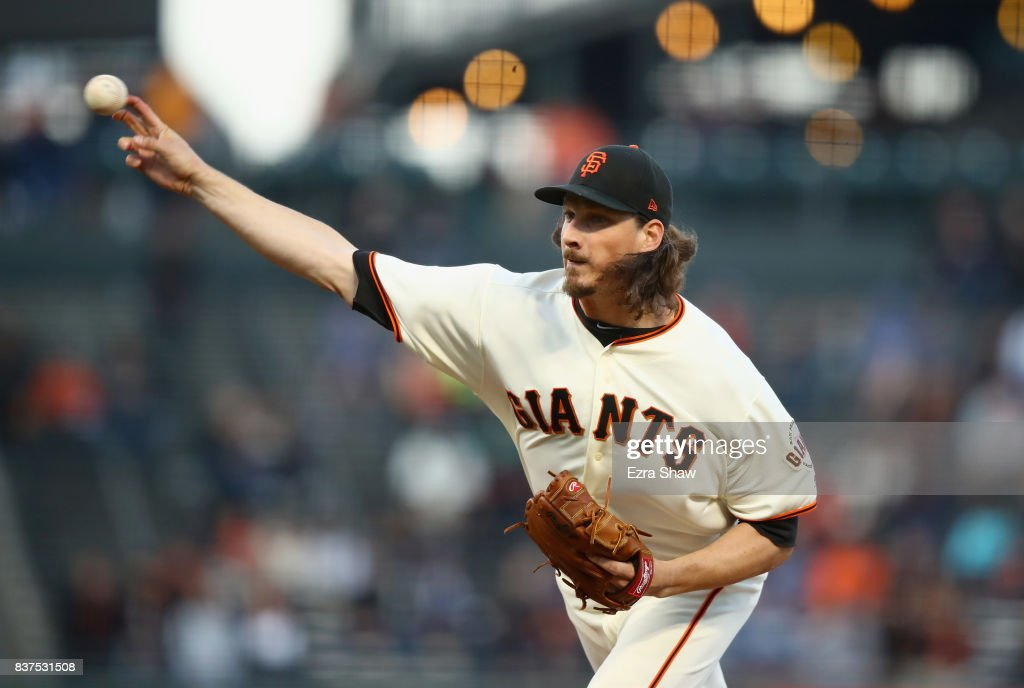Jeff Samardzija #29 of the San Francisco Giants pitches against the Milwaukee Brewers in the first inning at AT&T Park on August 22, 2017 in San Francisco, California.