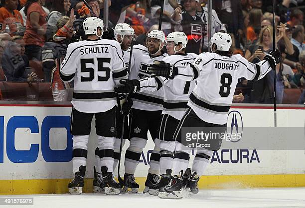 Jeff Schultz Jeff Carter Marian Gaborik Tyler Toffoli and Drew Doughty of the Los Angeles Kings celebrate Carter's first period goal against the...