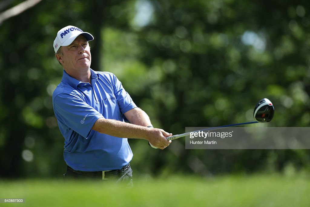 <a gi-track='captionPersonalityLinkClicked' href=/galleries/search?phrase=Jeff+Sluman&family=editorial&specificpeople=217270 ng-click='$event.stopPropagation()'>Jeff Sluman</a> watches his tee shot on the 15th hole during the first round of the Champions Tour American Family Insurance Championship at University Ridge Golf Course on June 24, 2016 in Madison, Wisconsin.