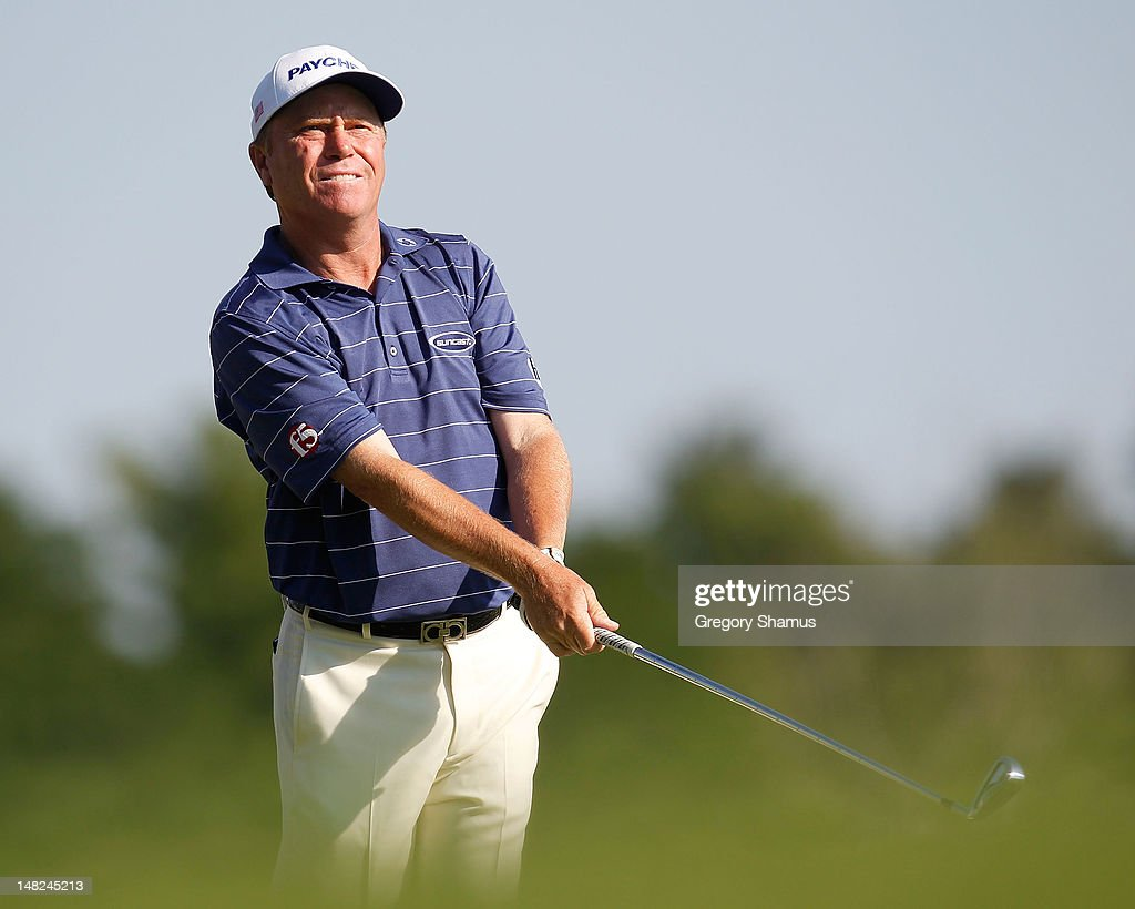 <a gi-track='captionPersonalityLinkClicked' href=/galleries/search?phrase=Jeff+Sluman&family=editorial&specificpeople=217270 ng-click='$event.stopPropagation()'>Jeff Sluman</a> watches his tee shot on the ninth hole during the first round of the 2012 Senior United States Open at Indianwood Golf and Country Club on July 12, 2012 in Lake Orion, Michigan.