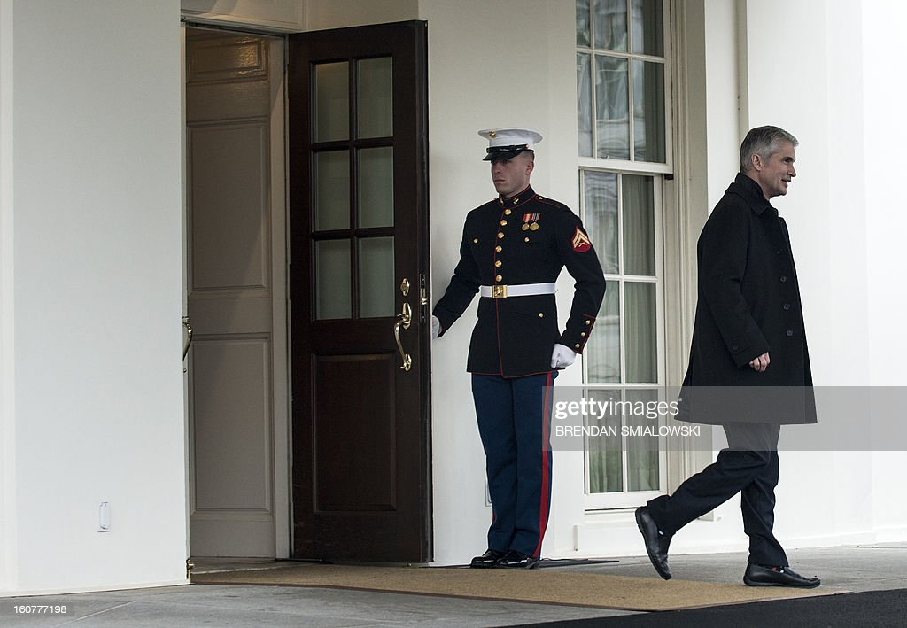 Jeff Smisek, Chairman and CEO of United Continental, leaves the West Wing after a meeting with other business leaders at the White House on February 5, 2013 in Washington. Obama met with business and labor leaders to discuss immigration reform. AFP PHOTO/Brendan SMIALOWSKI