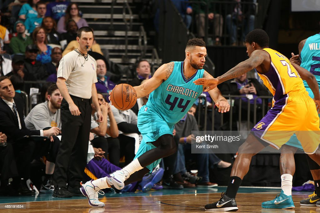 Jeff Taylor of the Charlotte Hornets drives to the basket against the Los Angeles Lakers during the game at the Time Warner Cable Arena on March 3...