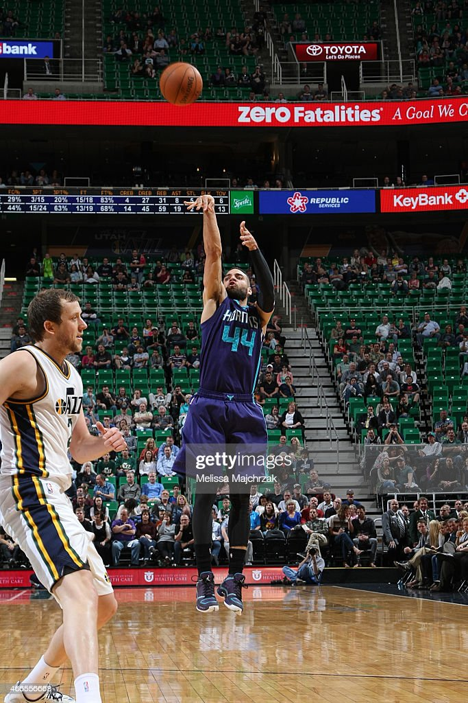 Jeff Taylor of the Charlotte Hornets shoots against the Utah Jazz on March 16 2015 at EnergySolutions Arena in Salt Lake City Utah NOTE TO USER User...