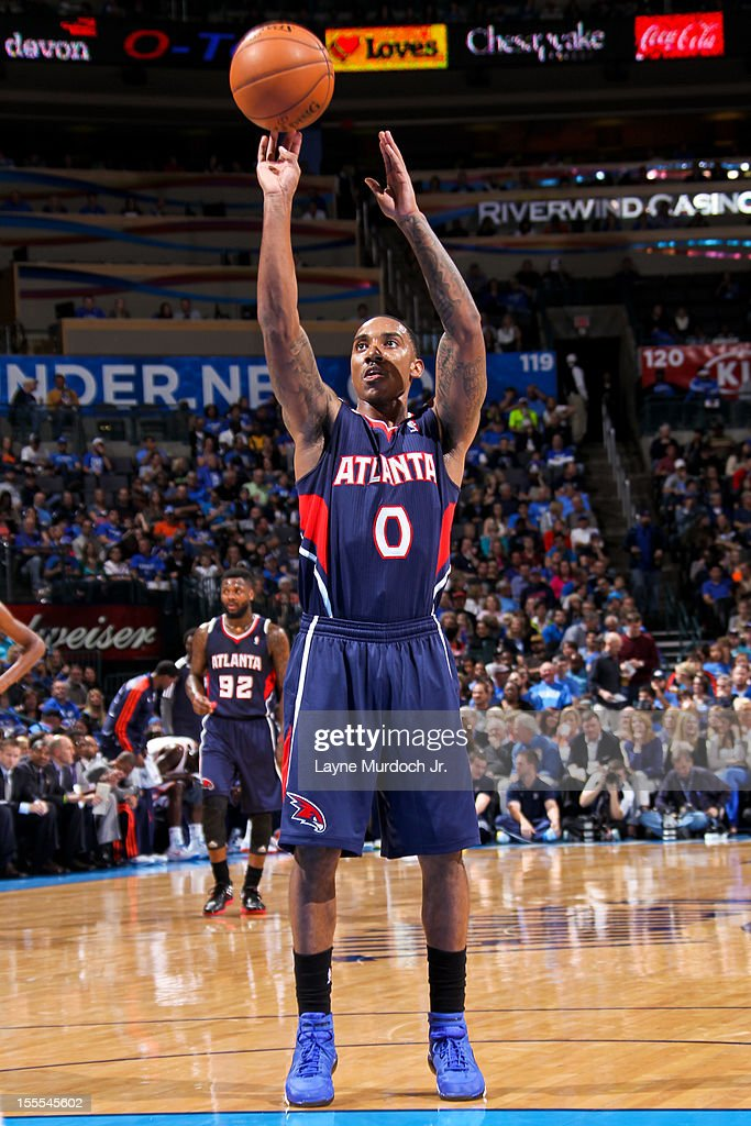 <a gi-track='captionPersonalityLinkClicked' href=/galleries/search?phrase=Jeff+Teague&family=editorial&specificpeople=4680498 ng-click='$event.stopPropagation()'>Jeff Teague</a> #0 of the Atlanta Hawks shoots a free-throw against the Oklahoma City Thunder on November 4, 2012 at the Chesapeake Energy Arena in Oklahoma City, Oklahoma.