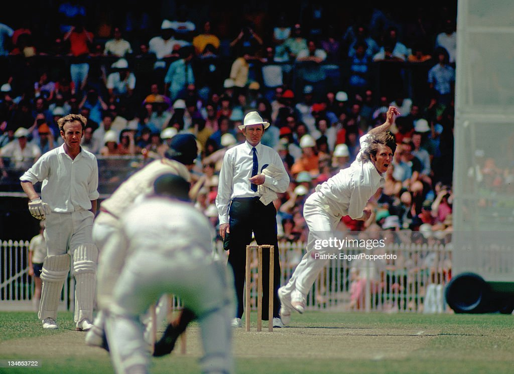 Jeff Thomson bowls to Alan Knott Derek Underwood backing up Australia v England 3rd Test Melbourne December 197475