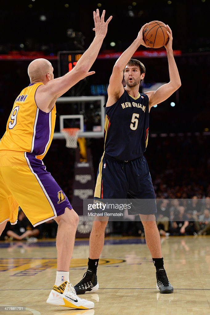 Jeff Withey #5 of the New Orleans Pelicans handles the basketball against the Los Angeles Lakers at Staples Center on November 12, 2013 in Los Angeles, California.