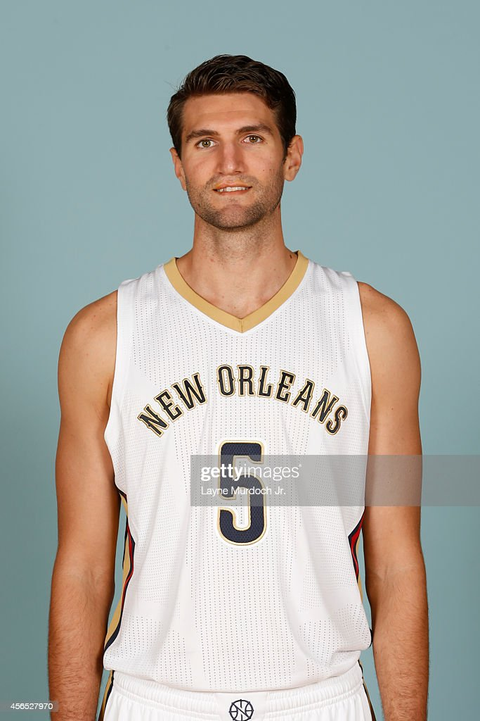 <a gi-track='captionPersonalityLinkClicked' href=/galleries/search?phrase=Jeff+Withey&family=editorial&specificpeople=6669172 ng-click='$event.stopPropagation()'>Jeff Withey</a> #5 of the New Orleans Pelicans poses for photos during NBA Media Day on September 29, 2014 at the New Orleans Pelicans practice facility in Metairie, Louisiana.