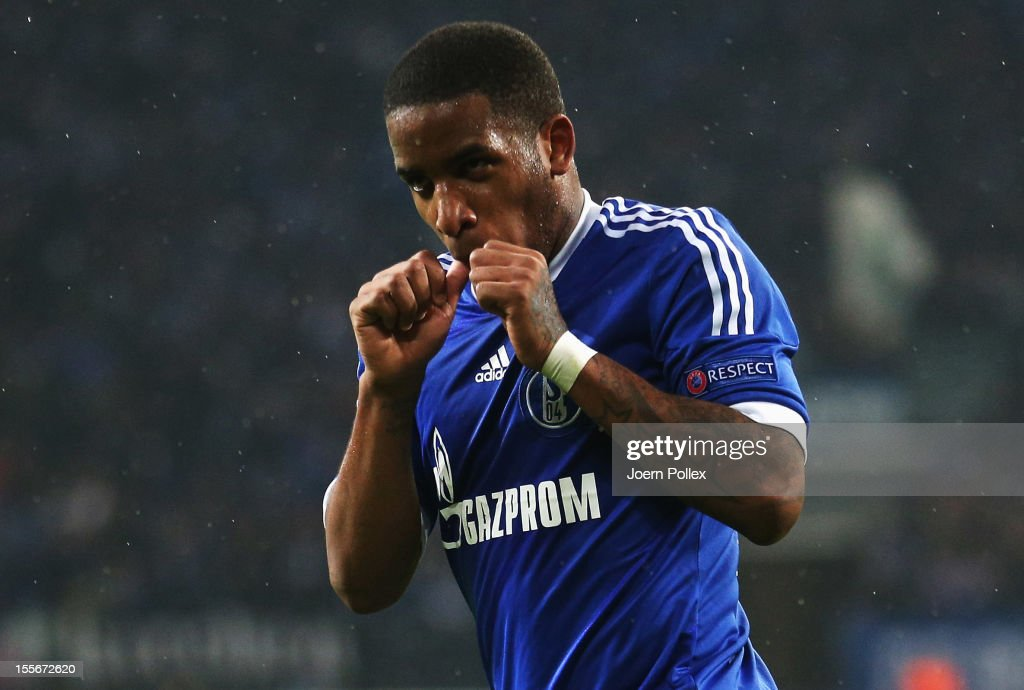 Jefferson Farfan of Schalke celebrates after scoring his team's second goal during the UEFA Champions League group B match between FC Schalke 04 and Arsenal FC at Veltins-Arena on November 6, 2012 in Gelsenkirchen, Germany.