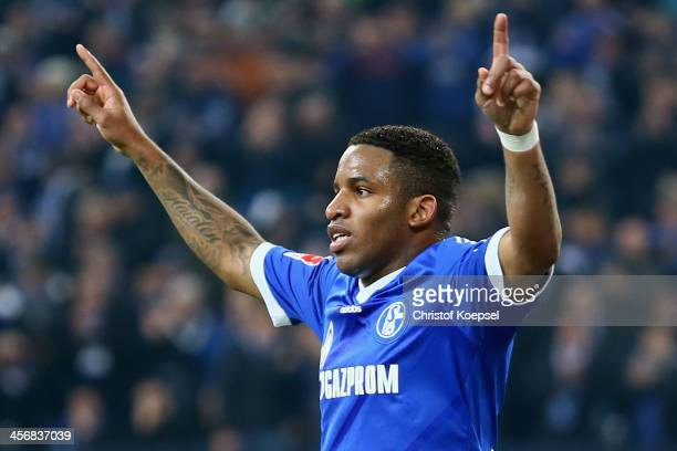 Jefferson Farfan of Schalke celebrates the second goal during the Bundesliga match between FC Schalke 04 and SC Freiburg at VeltinsArena on December...