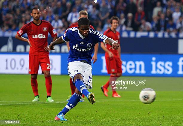 Jefferson Farfan of Schalke scores his teams second goal during the Bundesliga match between FC Schalke 04 and Bayer Leverkusen at VeltinsArena on...