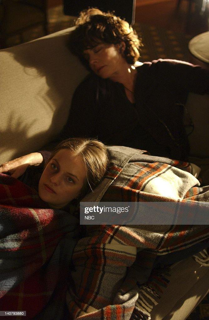 Image result for the west wing season 5 elizabeth bartlet