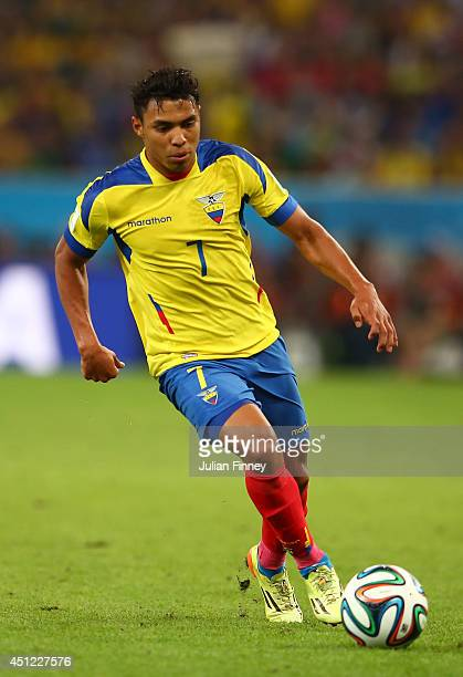 Jefferson Montero of Ecuador controls the ball during the 2014 FIFA World Cup Brazil Group E match between Ecuador and France at Maracana on June 25...