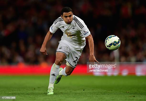 Jefferson Montero of Swansea City on the ball during the Barclays Premier League match between Arsenal and Swansea City at Emirates Stadium on May 11...