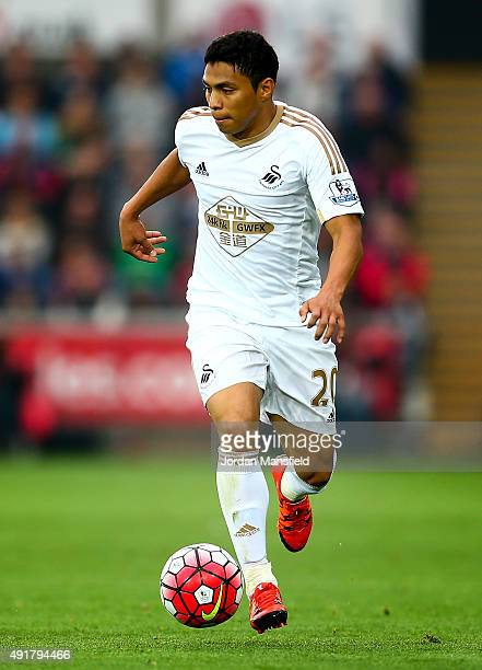 Jefferson Montero of Swansea in action during the Barclays Premier League match between Swansea City and Tottenham Hotspur at Liberty Stadium on...